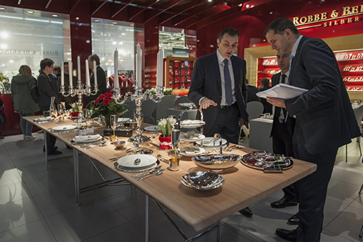 Study on growth market in contract business appears in time for Ambiente 2015