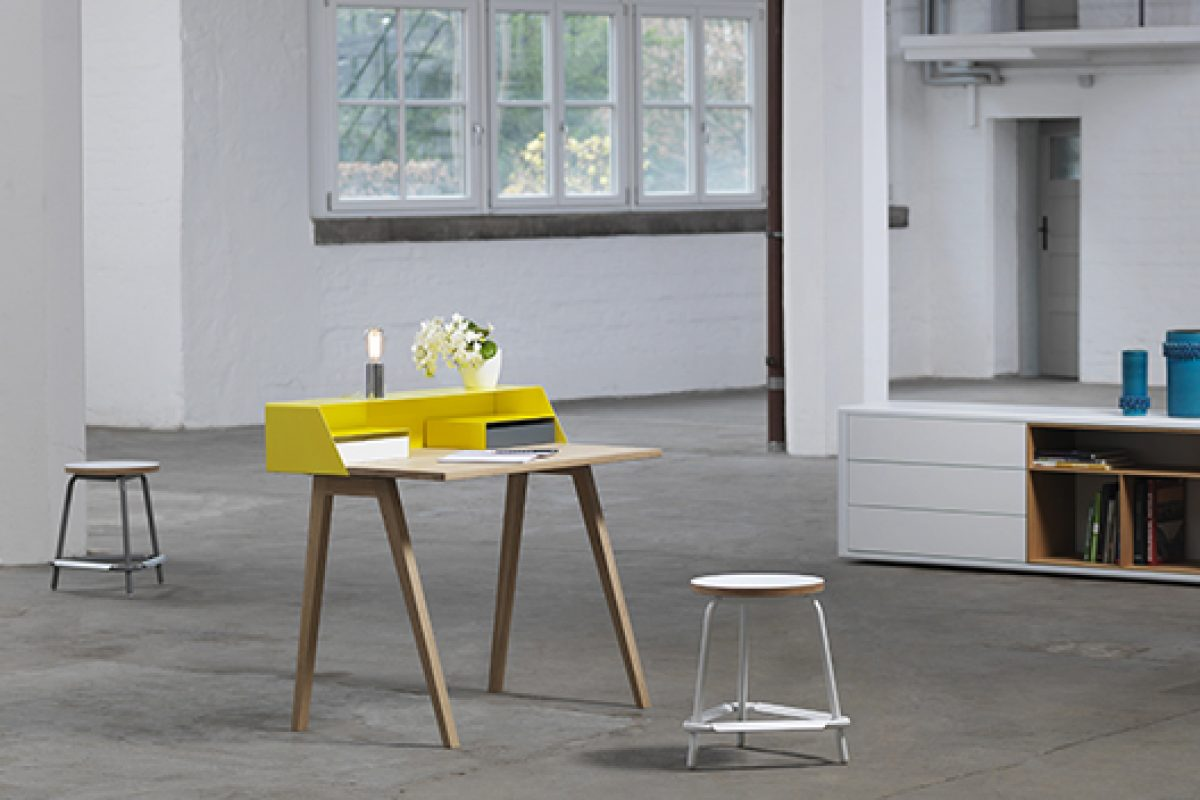 Small and stylish new secretary tables of Müller designed by Kressel + Schelle