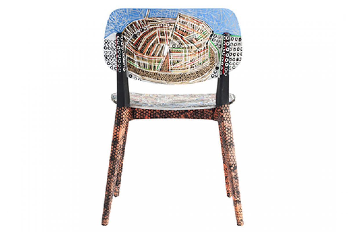 Young British artist Ben Mosley paints British and Italian landmarks on Novamobili furniture