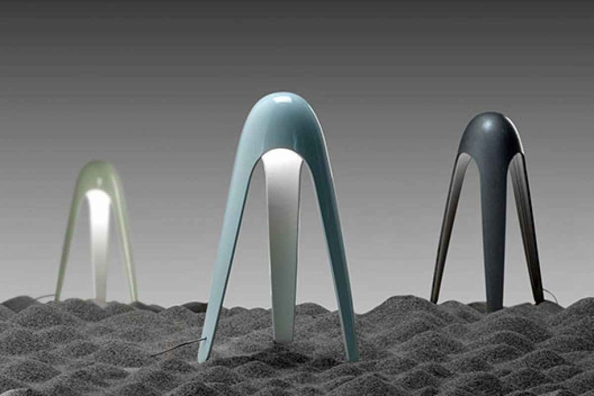 Karim Rashid designs futuristic looking Cyborg lamp for Martinelli Luce