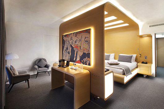 Spanish company colonial club vlc furnishes the design for Design hotel mosca