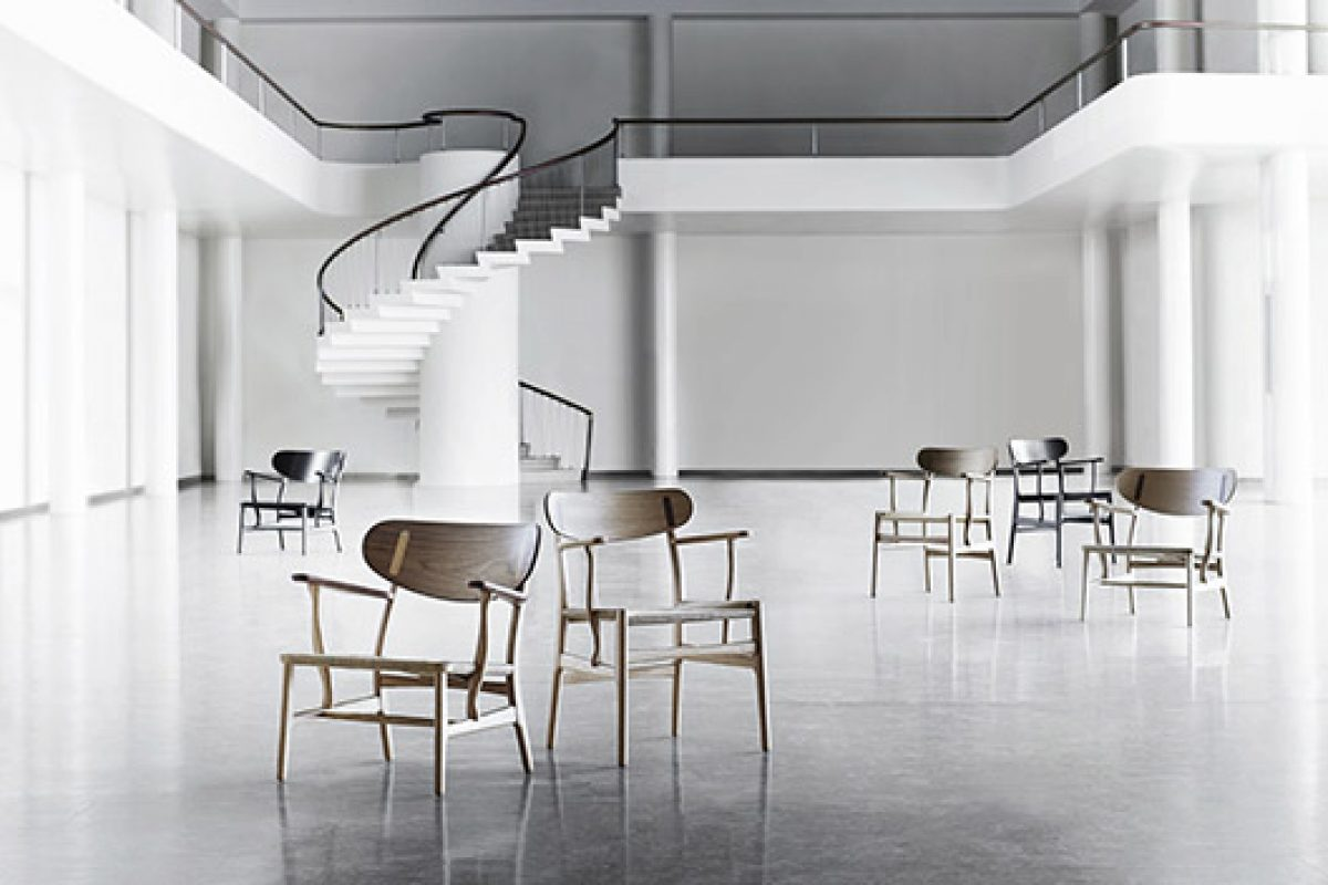 Salone del Mobile.Milano 2016 preview: Carl Hansen & Son recreates the CH22 lounge chair designed by Hans J. Wegner in 1950
