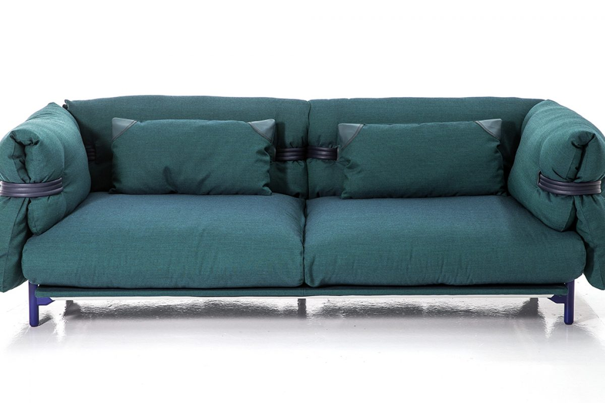 Belt by Patricia Urquiola for Moroso. Comfort and softness above all else