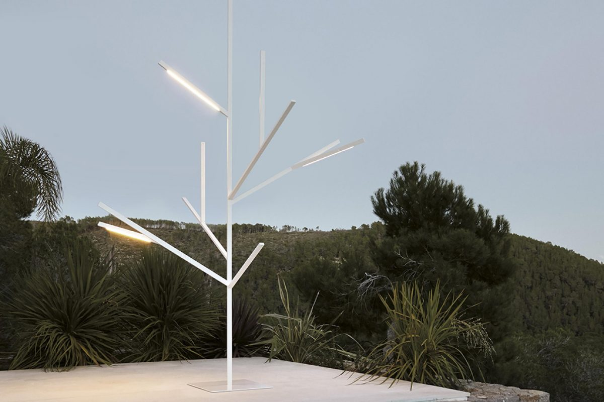Blau, the architectonic tree by Fran Silvestre Arquitectos for GandiaBlasco