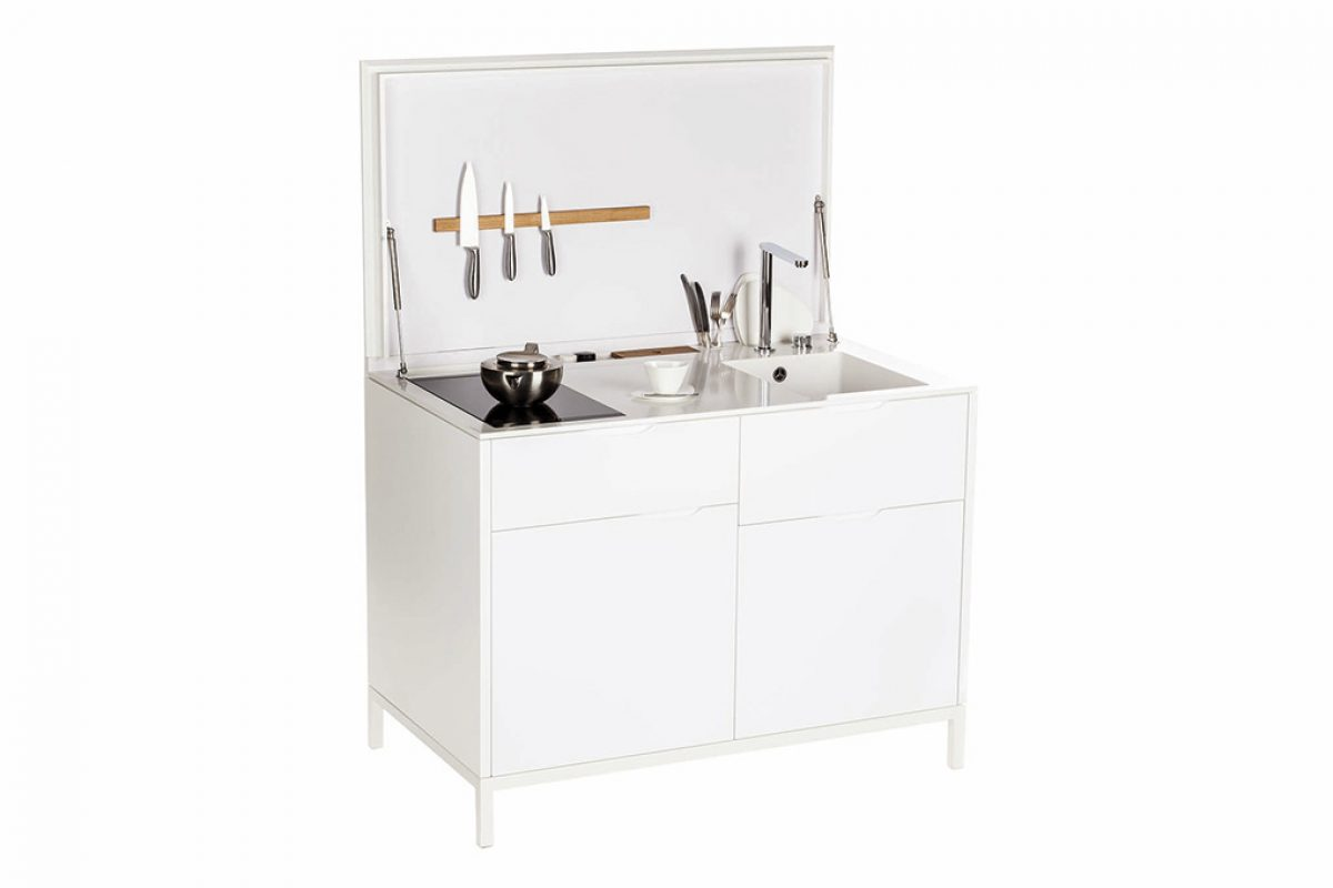 Charlotte Raynaud designed a mini-kitchen ready to be used and made of HI-MACS®