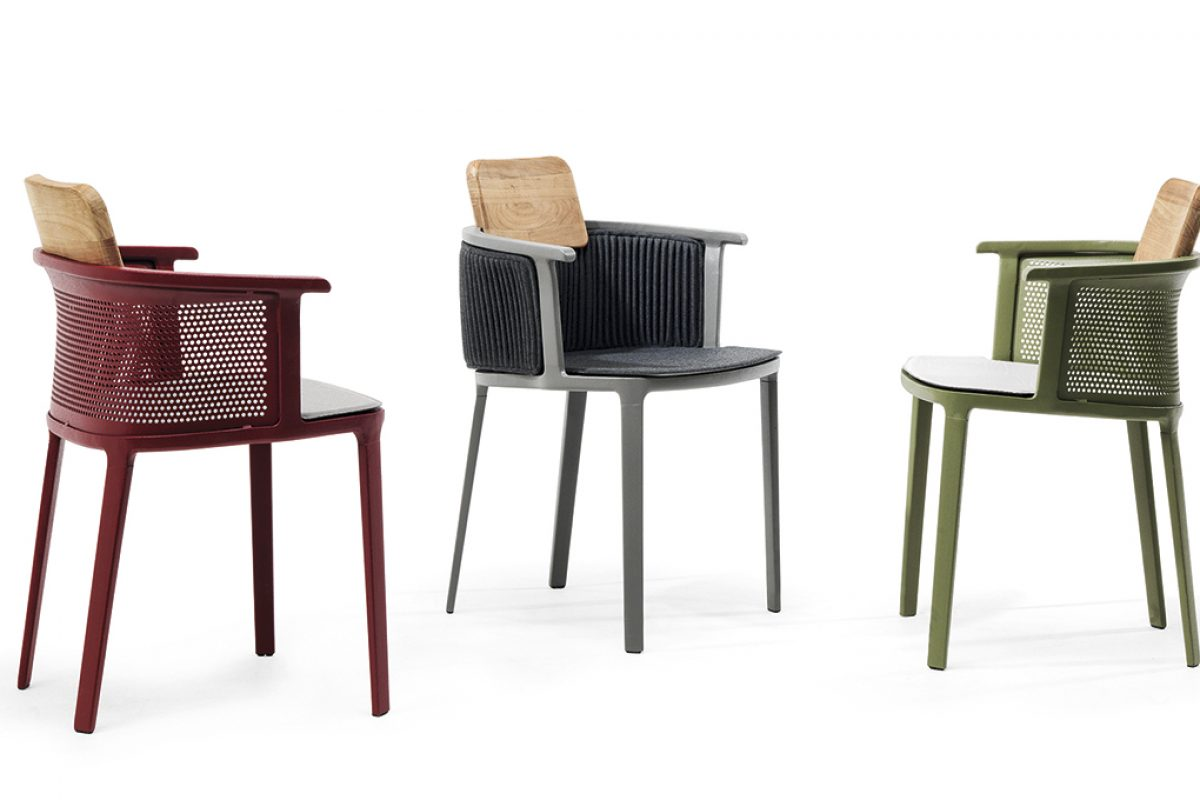 The elegance of Nicolette, the outdoors armchair designed by Patrick Norguet for Ethimo