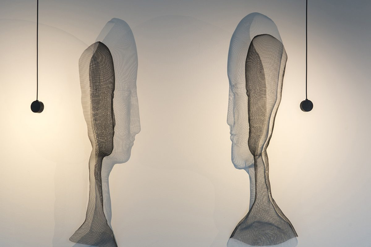 Sculpture, art and light are together in «Artwork», the most artistic facet of Arturo Alvarez