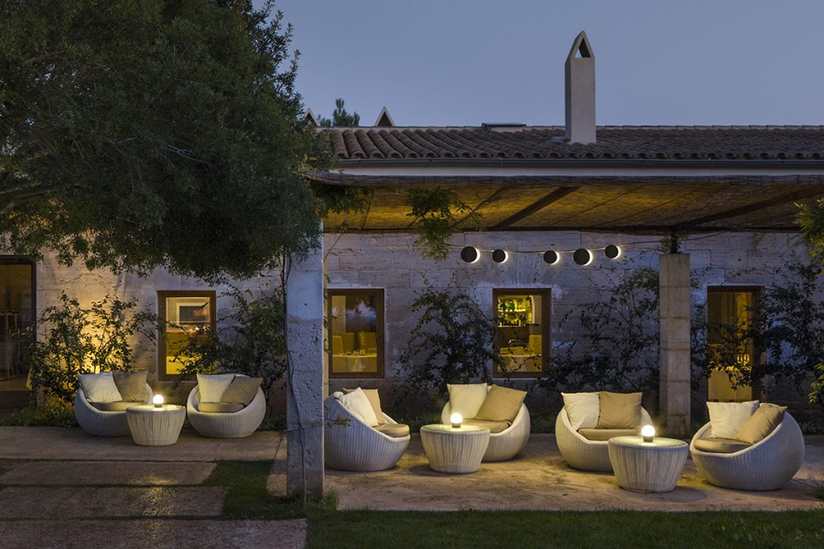 Statement-making outdoor lighting