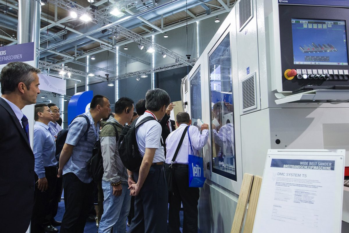SCM presented at Ligna 2017 the most advanced technological solutions for the furniture and wood industry 4.0