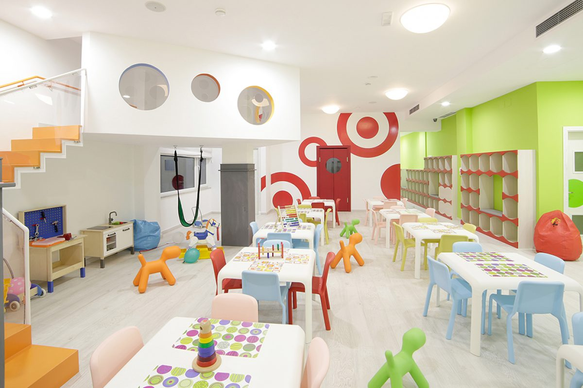 Case Studies: Play of colours at BimBamBum with Pedrali Snow Jr chairs. A space designed by Iaboni+Priftaj Design Associates