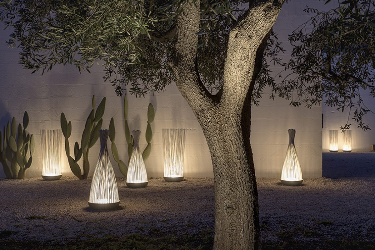 Don't Touch, the new dreamy floor lamp for indoors and outdoors designed by Matteo Ugolini for Karman