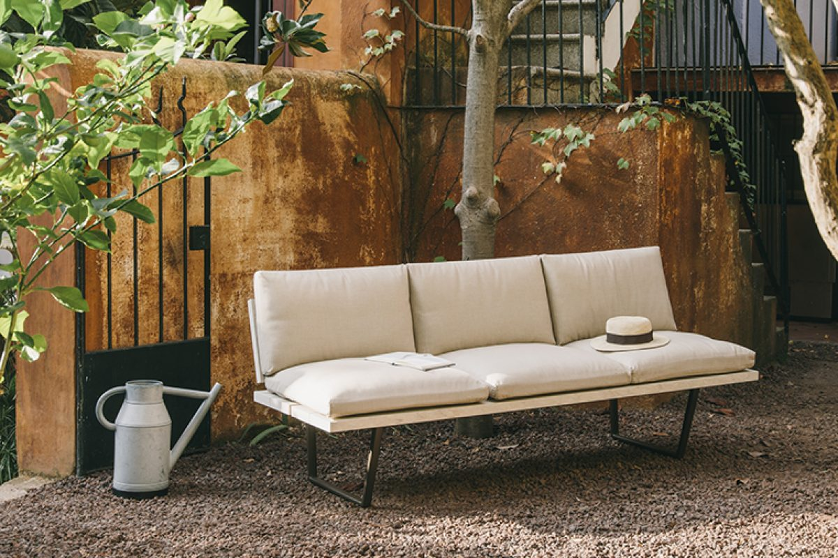 New-Wood Plan, the complete collection of outdoor furniture designed by Studio Lievore Altherr for Fast