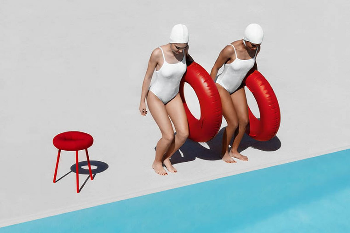 Donut, the sparkling outdoor stool designed by Mikiya Kobayashi for Diabla