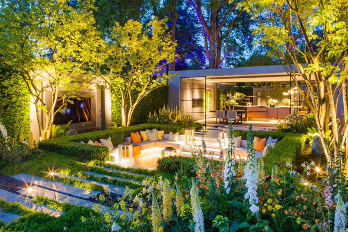 The awesome LG Eco-City garden designed by Hay Joung Hwang aimed to reduce pollution. Awarded at the Chelsea Flower Show 2018