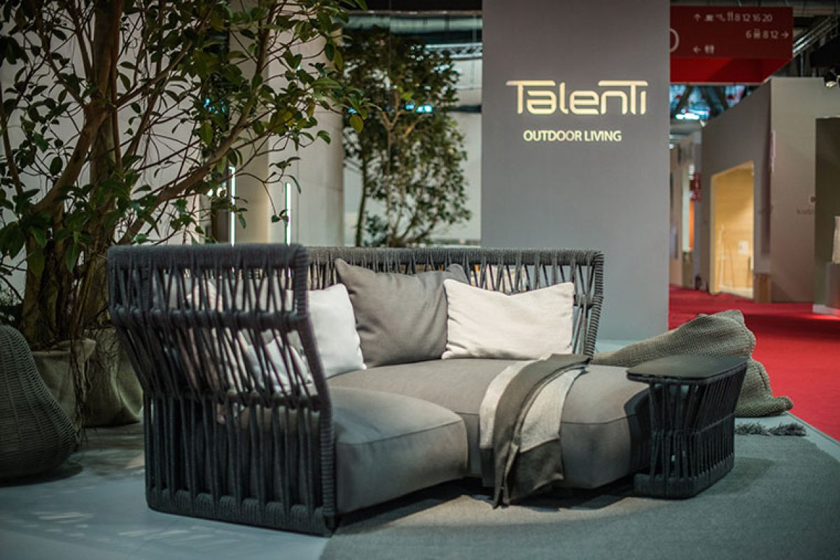 Cliff Collection by Ludovica + Roberto Palomba for Talenti. A super glamorous touch even outdoors