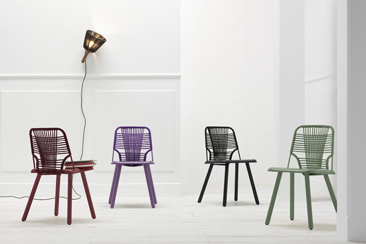 Back to the Sixties with Jackie! The chair designed by Emilio Nanni for Trabà
