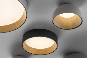 The warmth of the wood is protagonist in the new Duo lamp by Ramos & Bassols for Vibia