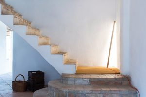 NIRU Barcelona, the new brand created by Ramos & Bassols, presents the Branca lamp, its first collection