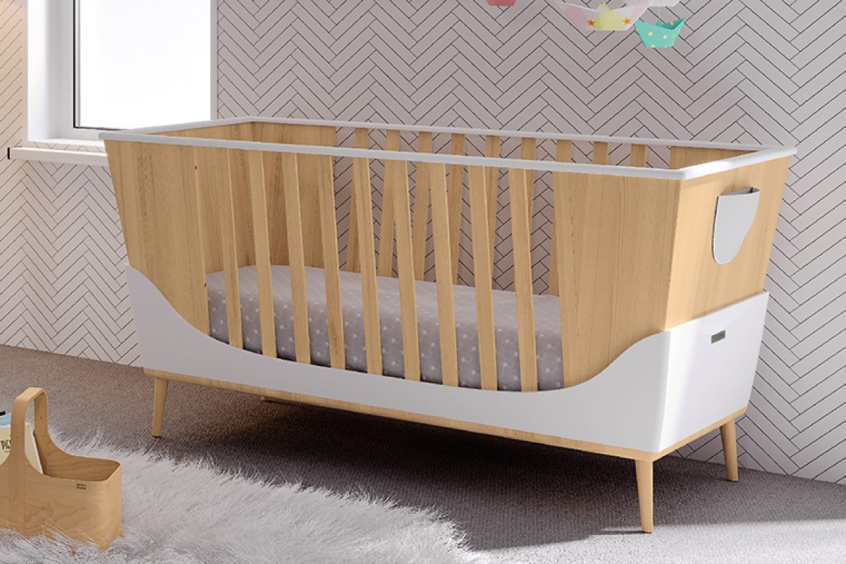 Dippo, the cradle by Santiago Sevillano for Micuna that evolves into a seesaw, bed and sofa