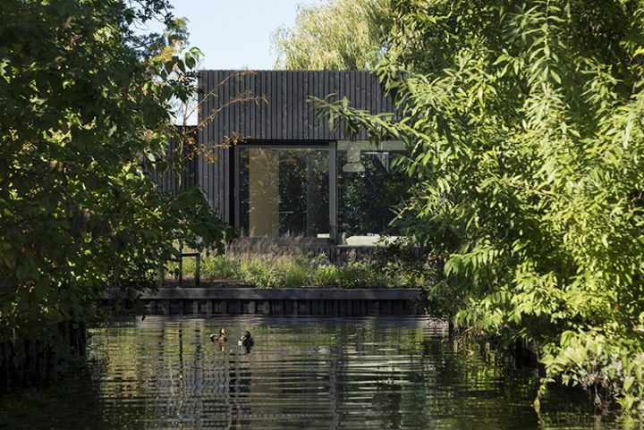 i29 interior architects and Chris Collaris designed the Tiny Holiday home, smart, eco-friendly and with highest standard