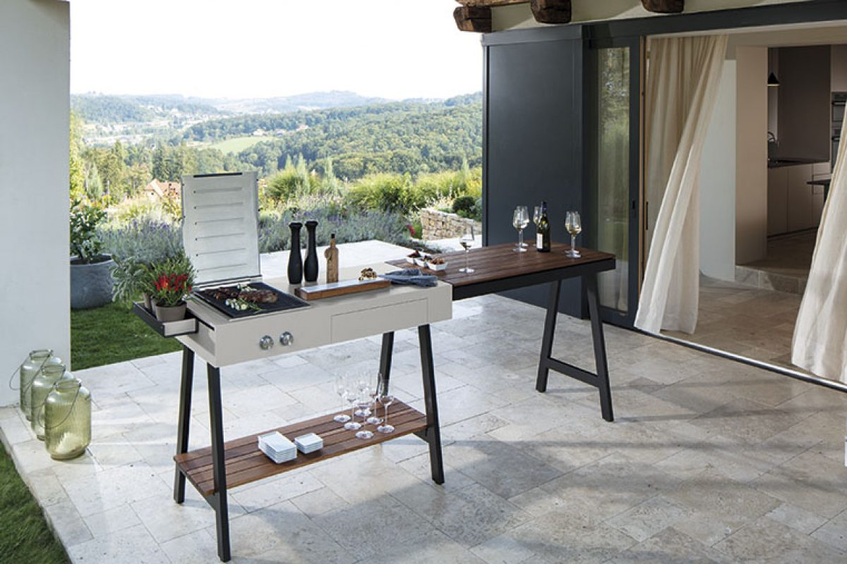 Adapt outdoor kitchen by Viteo. Opening up a whole new world of possibilities