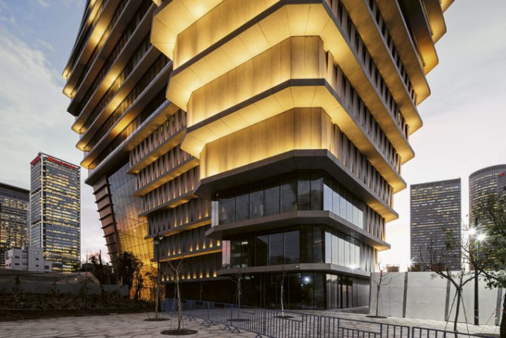 More than 28,000 m2 of Dekton® by Cosentino at the ToHA building by Ron Arad and Avner Yashar in Tel Aviv