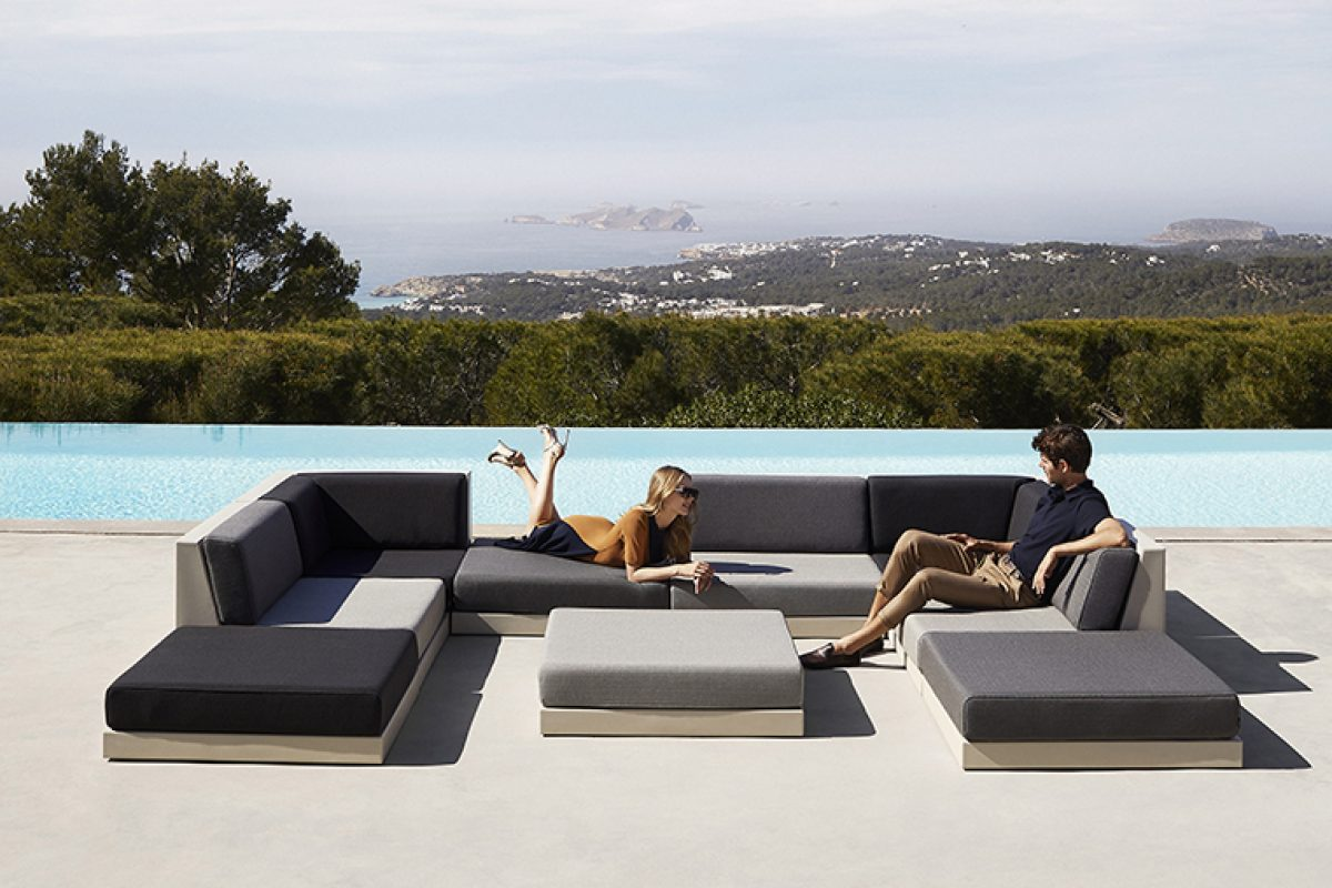 Relax outdoors with Pixel, the new modular collection designed by Ramón Esteve for Vondom