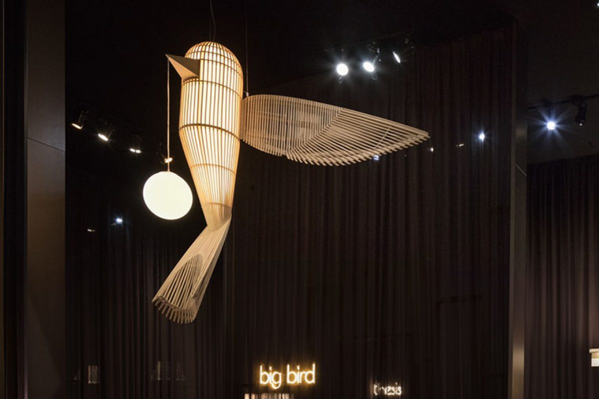 Big Bird, the new sculptural luminaire of the Life-Size family by LZF