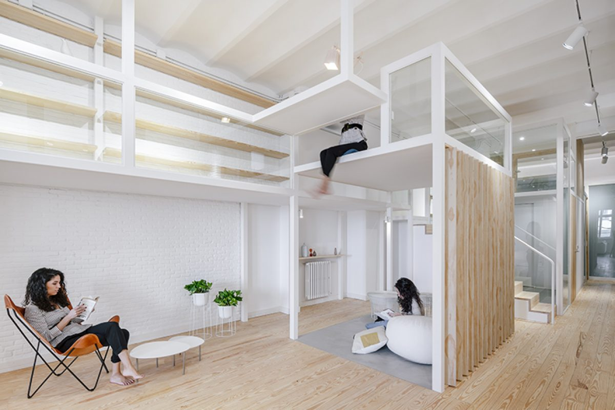 Zooco is inspired by the current Japanese architecture to design JHouse, a house inside of a house