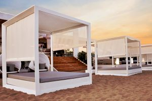 Tayga Beach Club. Crystal clear waters, Mediterranean breeze, relax, music and the most trendy furniture by Vondom