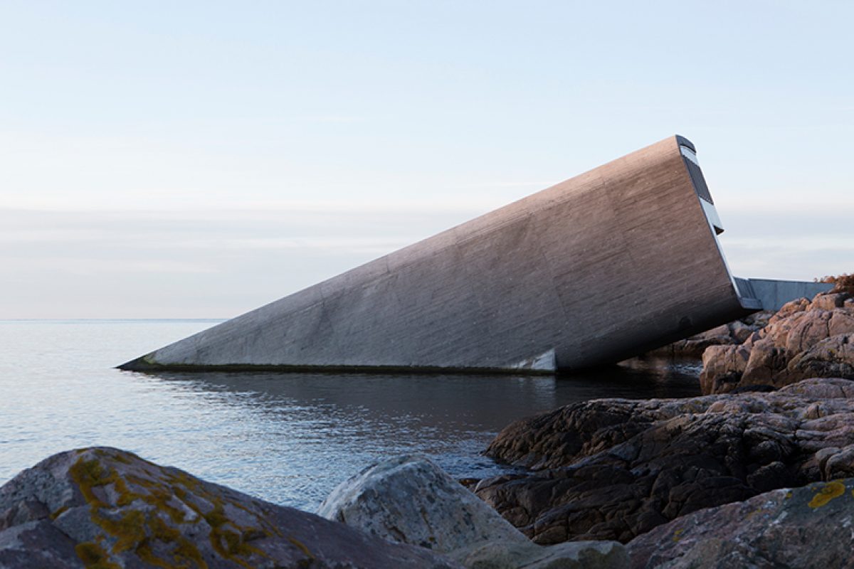 Snøhetta designed «Under», Europe's First Underwater Restaurant