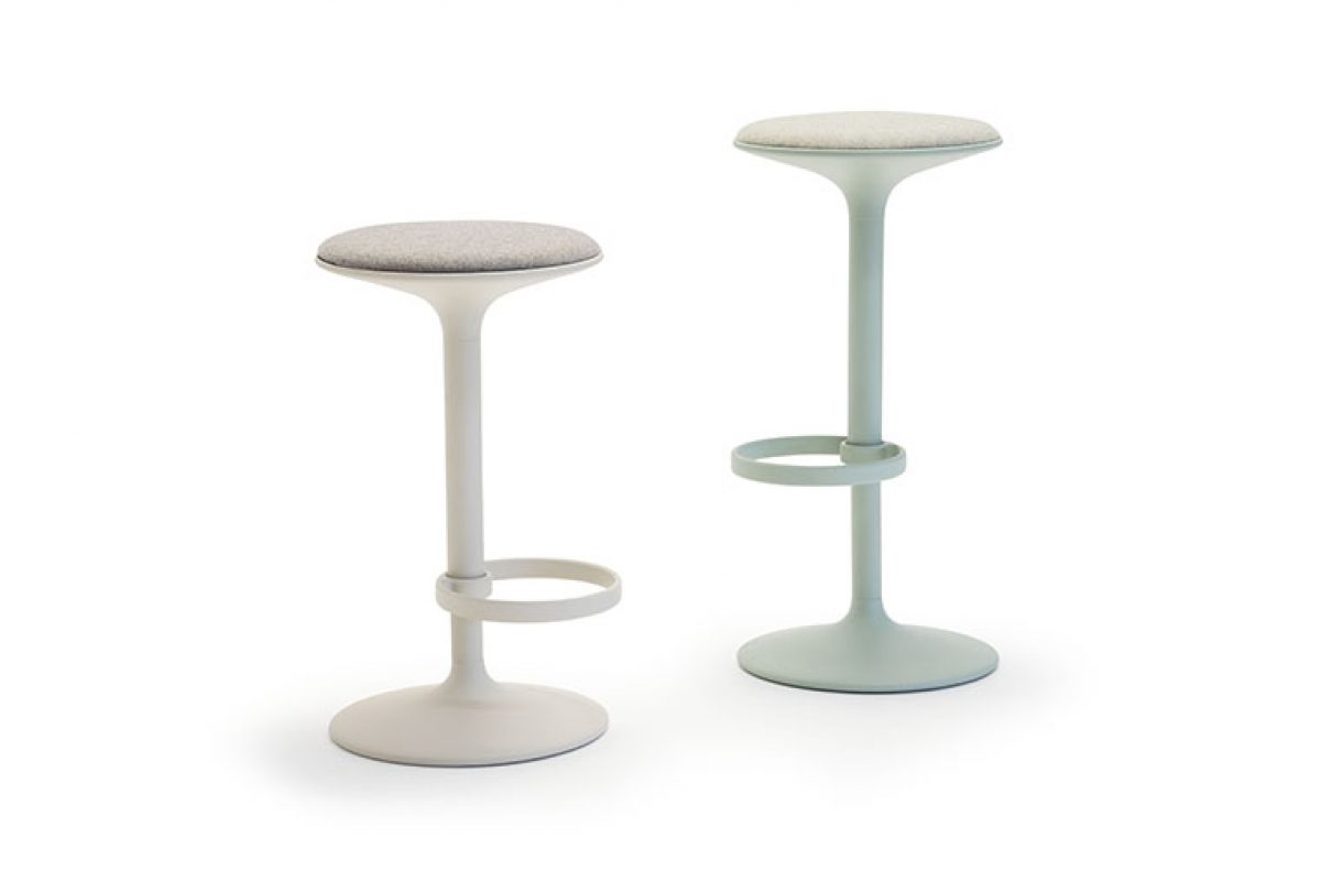 The Hula barstool, designed by Benjamin Hubert for Andreu World, wins the German Design Award 2020