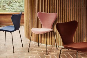 Fritz Hansen adds a romantic twist to Serie 7™ with the Velvet Edition