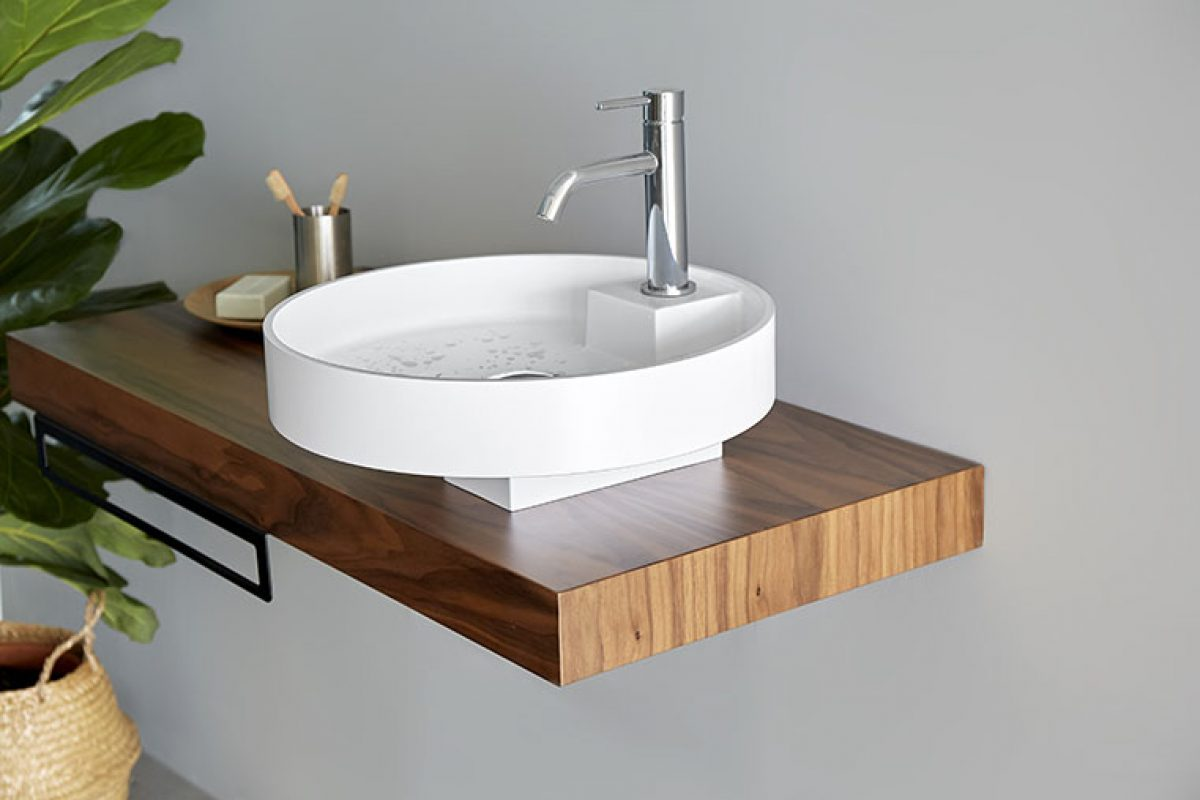 Clausell Studio designed the Ture basin for Sanycces. The fusion of opposite geometric shapes