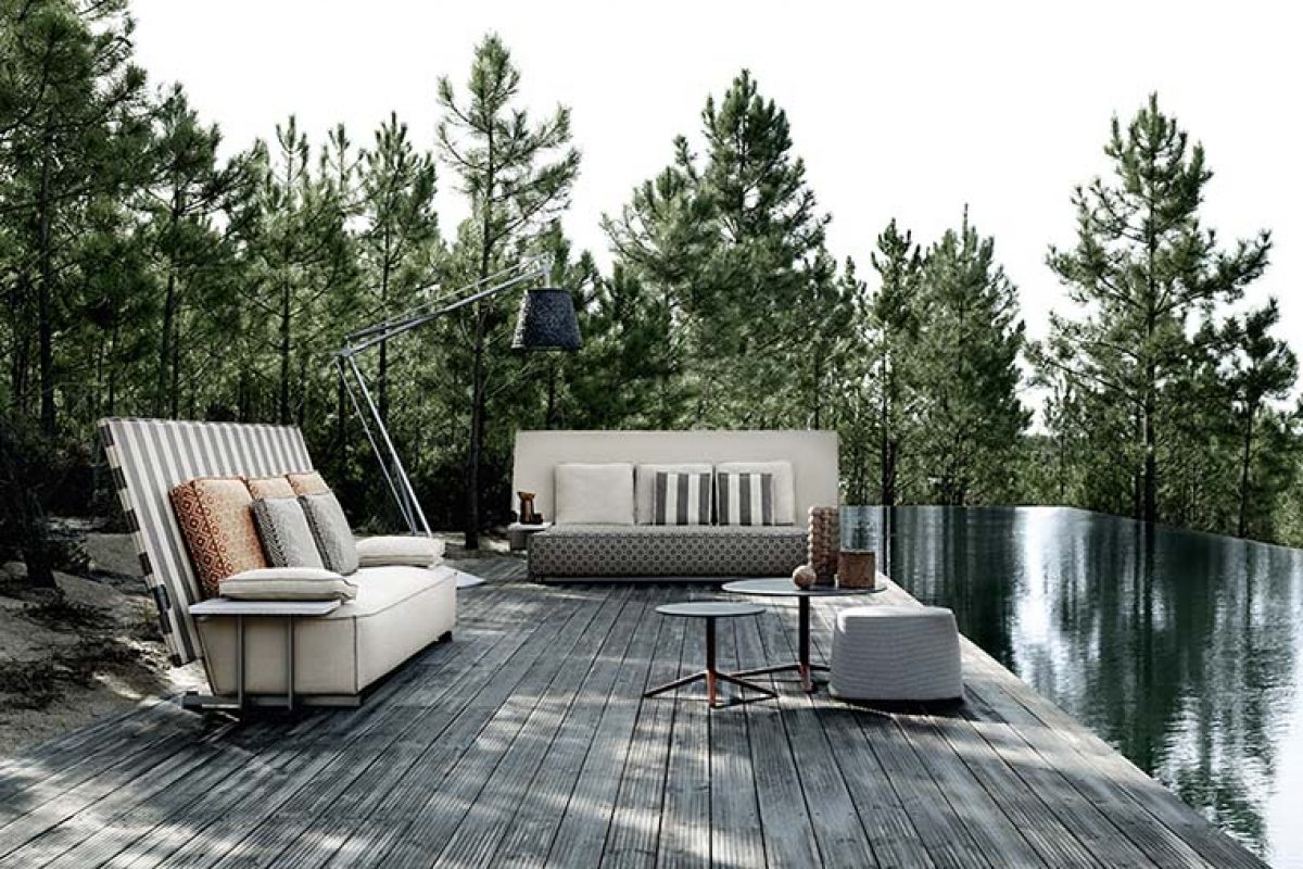Oh, it rains! the new outdoor collection that protects itself, designed by Philippe Starck for B&B Italia