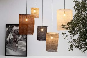 Let's Pause crocheted Sisal fibres to design the Nus lamps, combining beauty and warmth