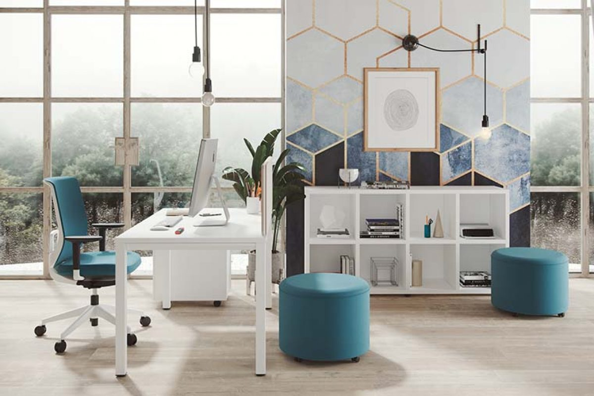 Experts advise that home office furniture must meet the same health and safety requirements as in the office