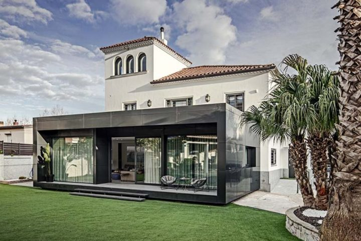 Expansion and interior design project of a single-family house in Vilassar de Mar