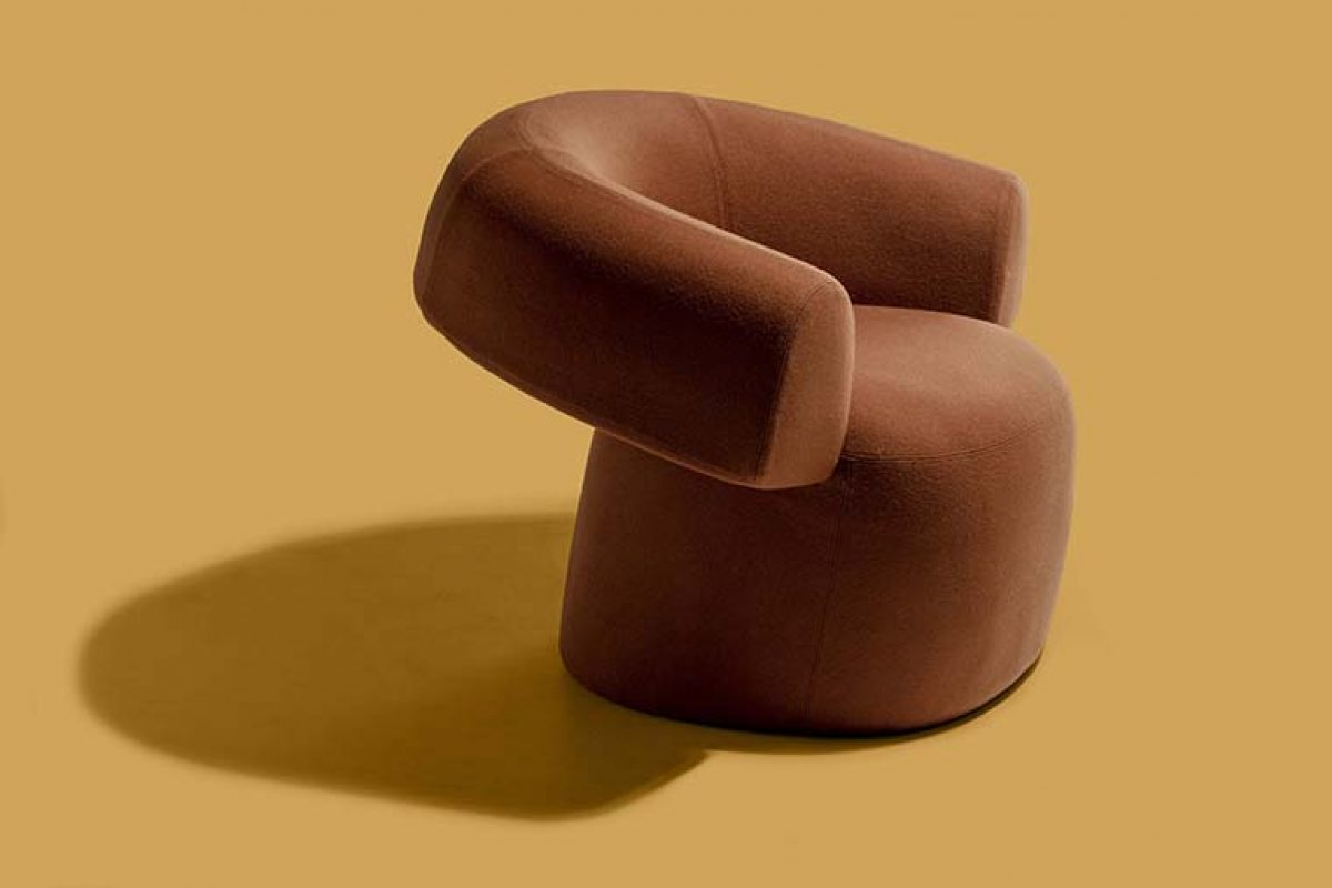 Patricia Urquiola pays tribute to Chillida with the Ruff lounge chair for Moroso