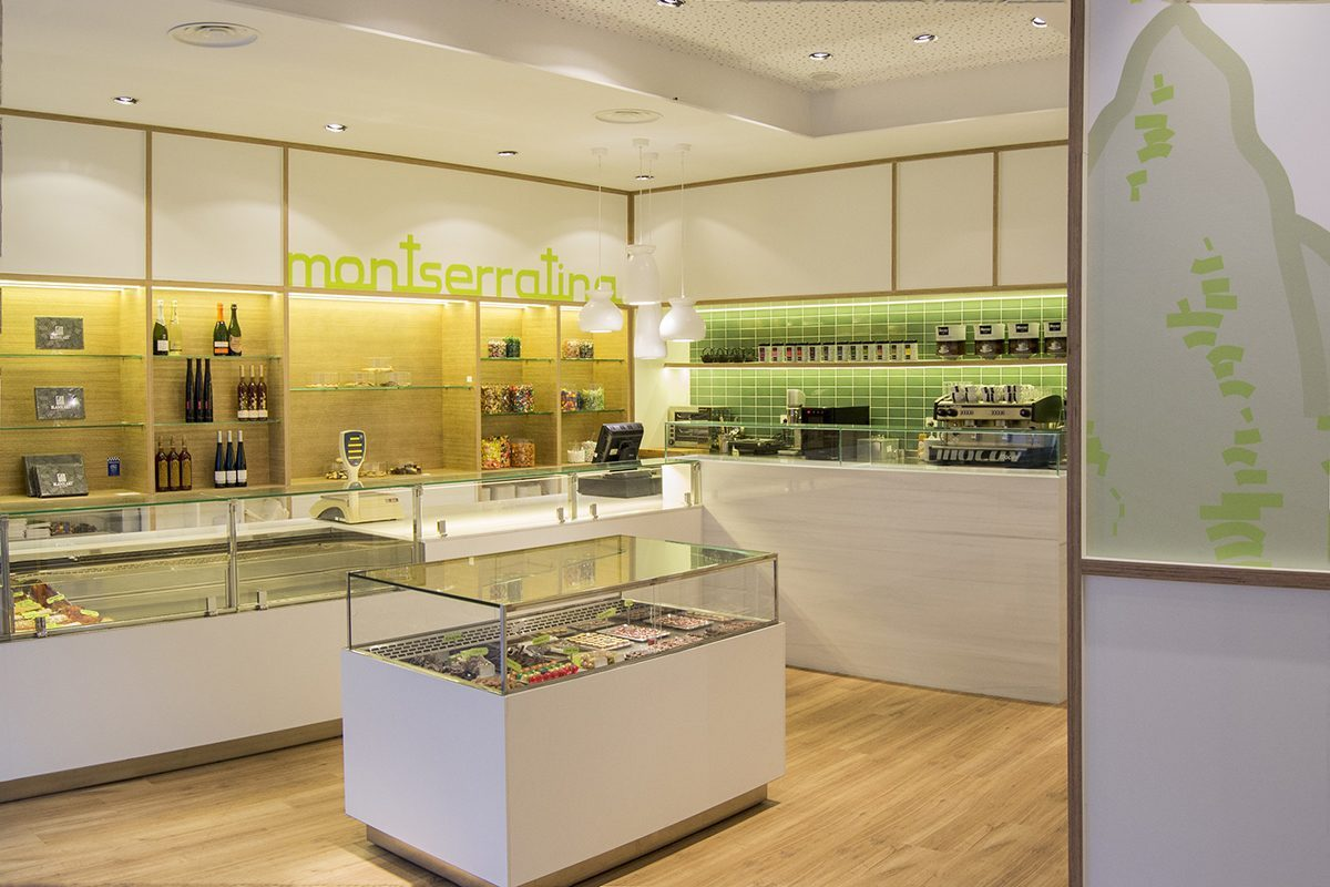 CírculoCuadrado designed the new Montserratina pastry shop by the master pastry chef Xavier Elías