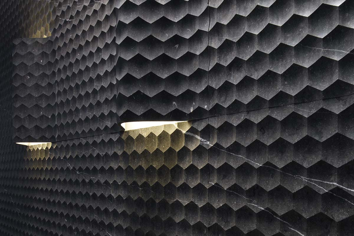 Marble wall coverings with built-in light for even more amazing interiors