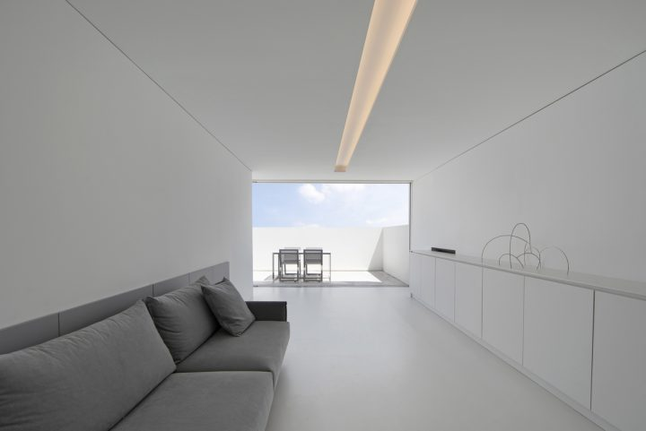 New Àtic Blanc project by Fran Silvestre Arquitectos